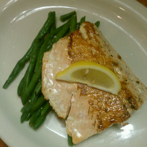 Grilled Atlantic Salmon @ Covered Bridge Golf Course