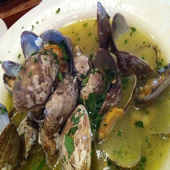 Clams - Enterprise Fish Co. - Santa Barbara, Santa Barbara, CA