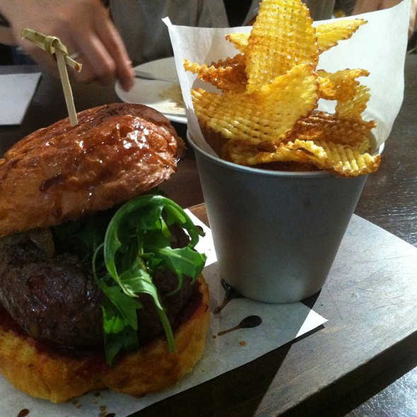 Wagyu Beef Burger W Blue Cheese @ Jones The Grocer Dempsey Hill Pte. Ltd.