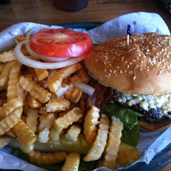 Blue Cheese And Bacon Burger @ Seamus Mcdaniels