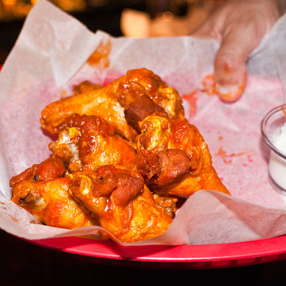 Chicken Wings @ Draft Pix