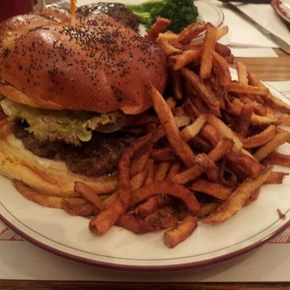 Burger @ Nouveau Palais
