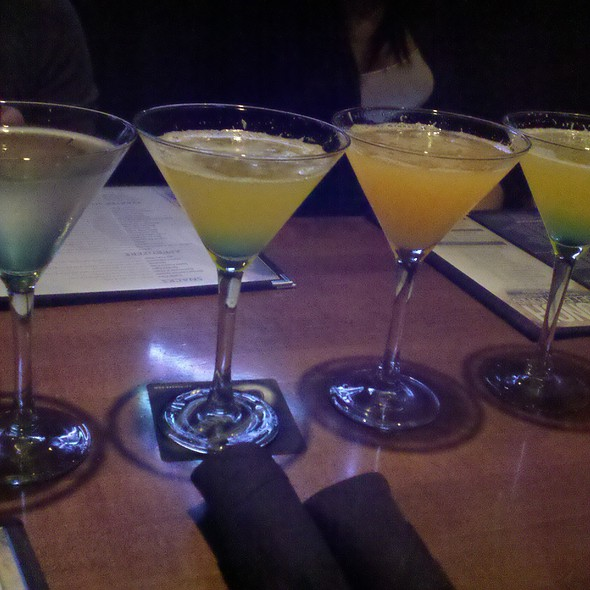 Martinis @ Yard House Houston
