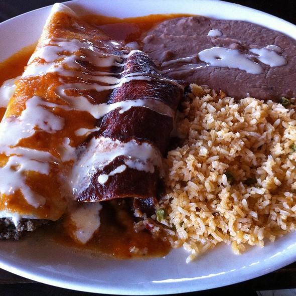 Tres @ Cinco Mexican Cantina