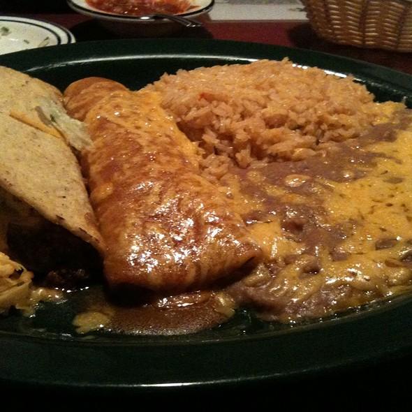 Taco & Enchilada Plate