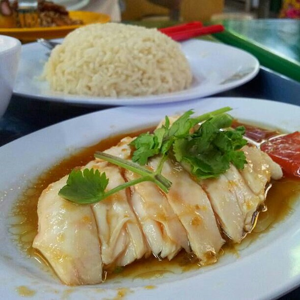 Hainanese Chicken Rice @ Tong Fong Fatt