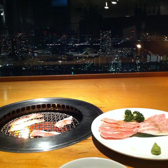 Iberico pork yakiniku @ YAKINIKU TORAJI PARAM カレッタ汐留店