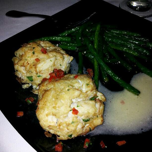 Crab Cakes - Chart House Restaurant - Annapolis, Annapolis, MD