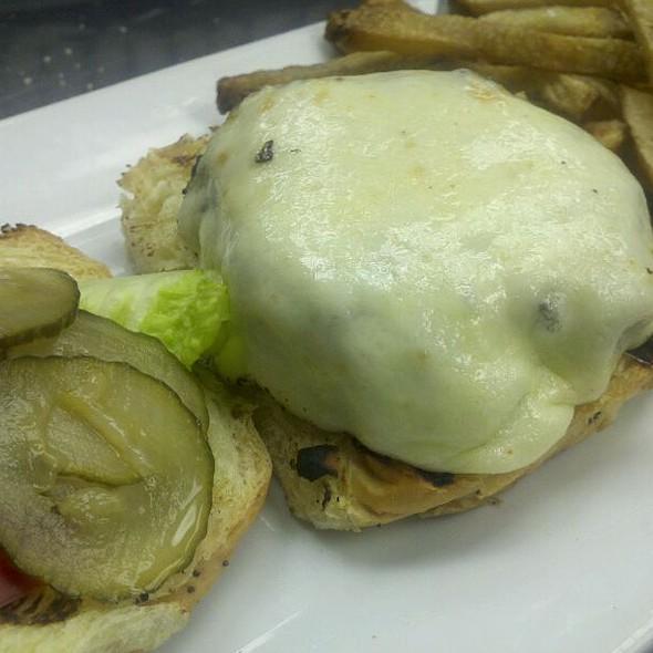 Cheese Burger - 88 Wharf, Milton, MA