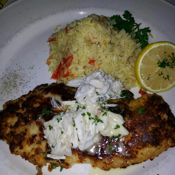 Grilled Red Snapper Over Lump Crab Meat & Arugala Salad - Chart House Restaurant - Annapolis, Annapolis, MD