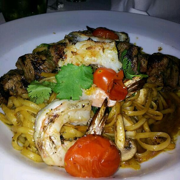 Surf And Turf Pasta - Chart House Restaurant - Annapolis, Annapolis, MD