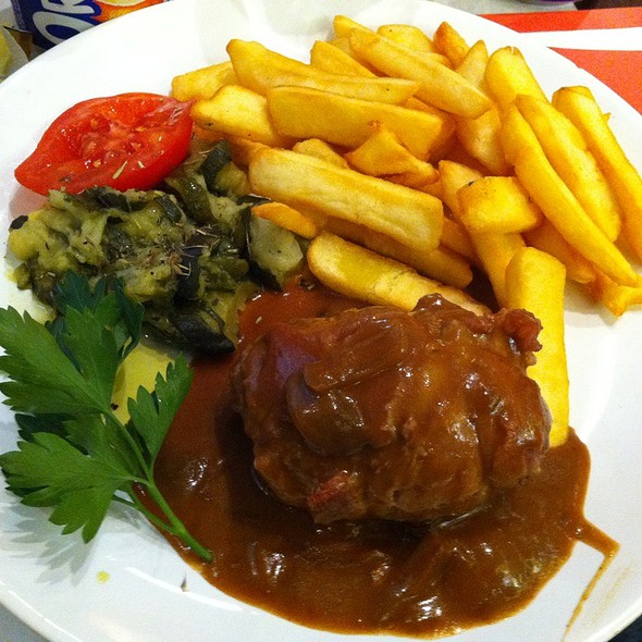 Veal And Frits