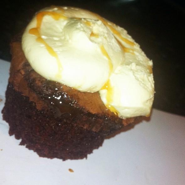 Brownie Cupcake @ Yum Yum Cupcake