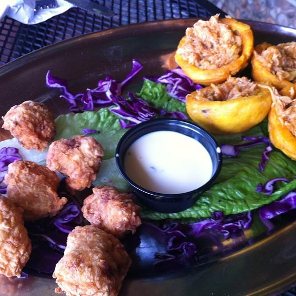 Mahi Mahi Bites And Crab Tostones @ La Parrilla