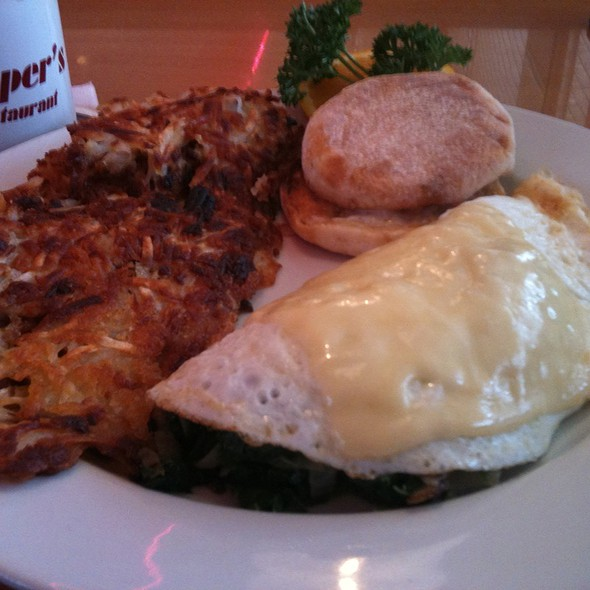 Egg White Spinach Omlete @ Pepper's Restaurant