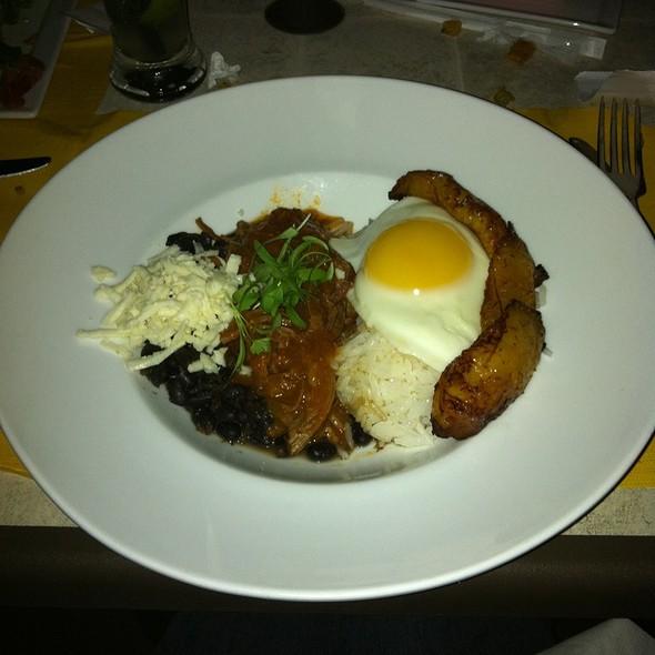Pabellon Completo - La Caraquena Latin American Cuisine, Falls Church, VA