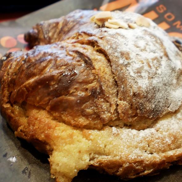 Almond croissant @ Roladin