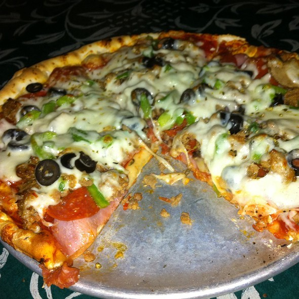 Colossus Pizza