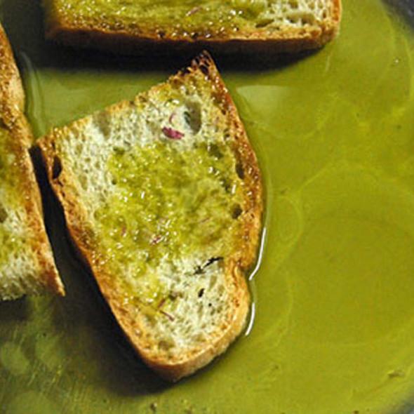 Extra vergin olive oil @ Frantoio Di Matraia Di Nencini Carla & C. S.A.S.