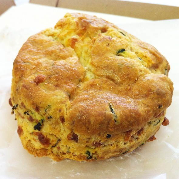 Cheddar Chives Biscuit