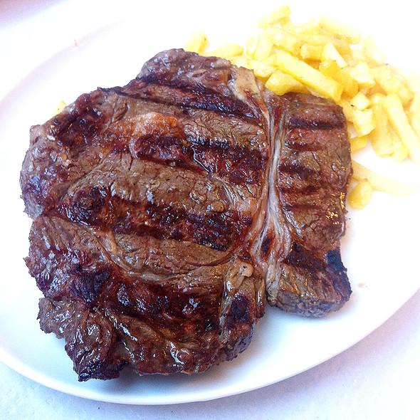 T-bone steak @ Asador de Bormujos