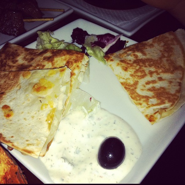 Quesadillas De Pollo @ Caliente Tapas Bar