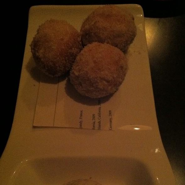 Dulche De Leche Donut @ Baker & Banker