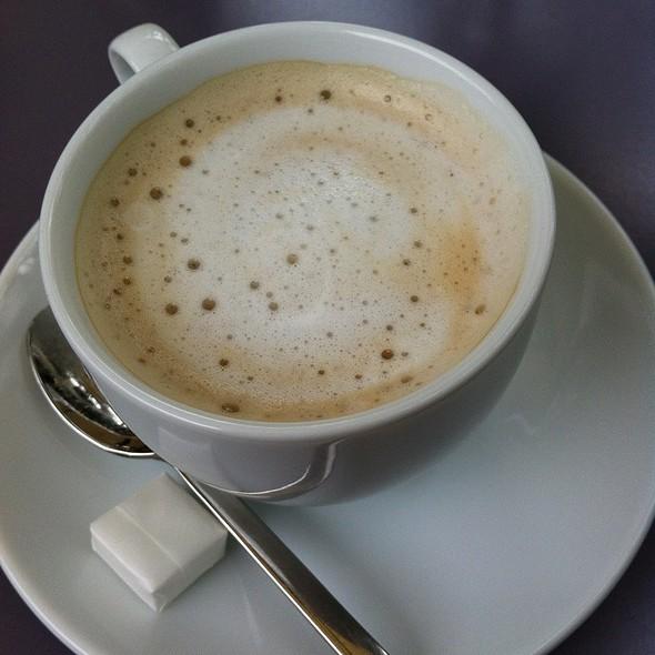 Cafe Latte @ GREEN