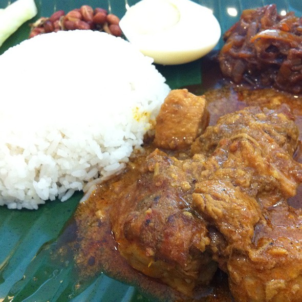 Nasi Lemak with Mutton Curry