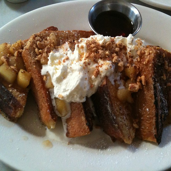 French Toast @ Universal Cafe