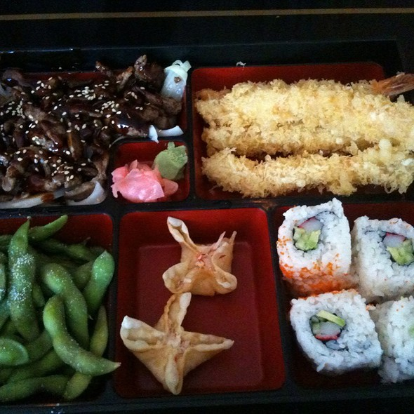 Teriyaki Beef And Shrimp Tempura Bento Box @ Nijiya Restaurant