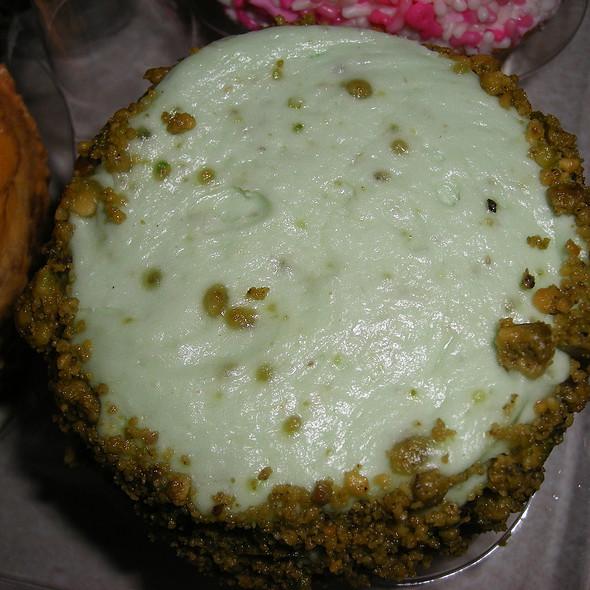 Pistachio Cupcake @ Crumbs 42 Street