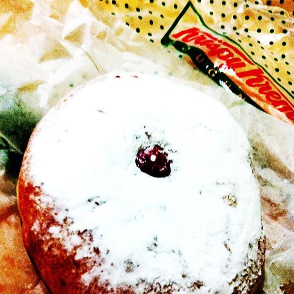 Guava Filling Donut @ Krispy Kreme