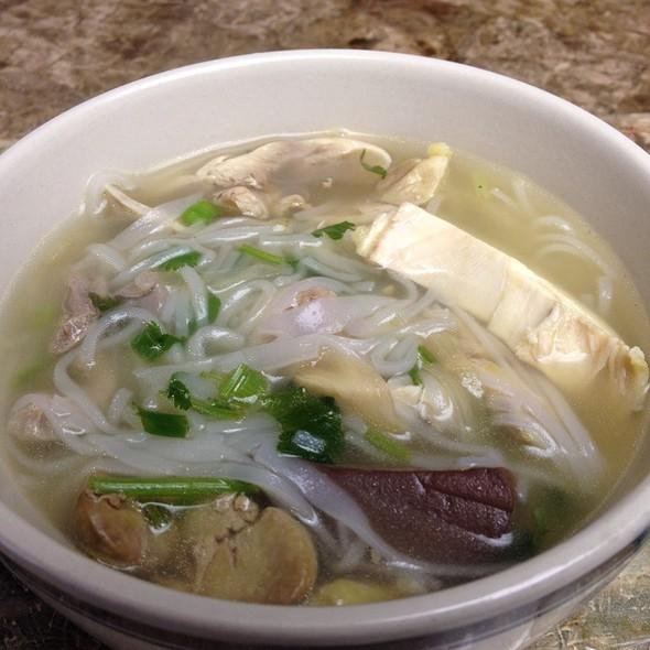 Pho Ga @ Pho Kim Long