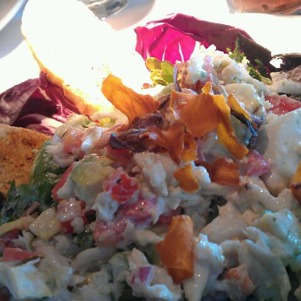 Lump Crab Avocado Salad - Landry's Seafood House - The Woodlands, The Woodlands, TX