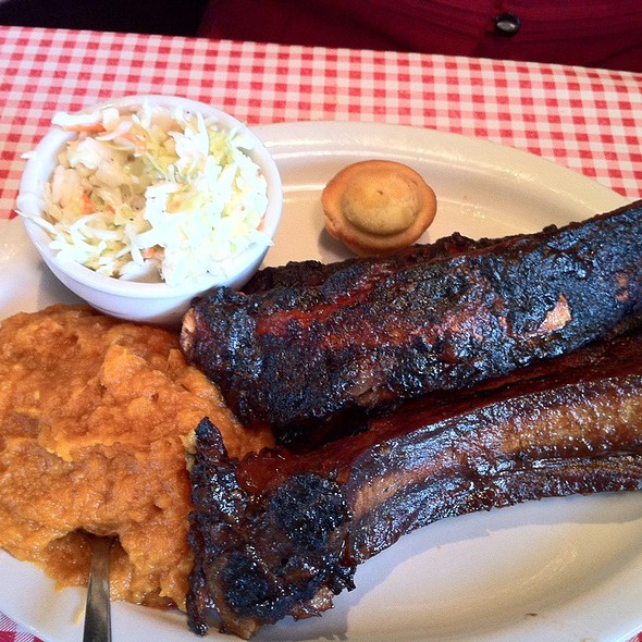 Bison And Beef Ribs @ Big Papa's BBQ