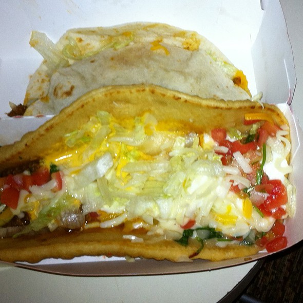 Xxl Chalupa @ Taco Bell / Long John Silver's