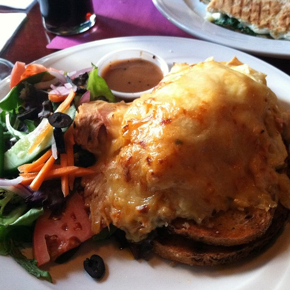 Turkey Reuben @ Playwright Tavern