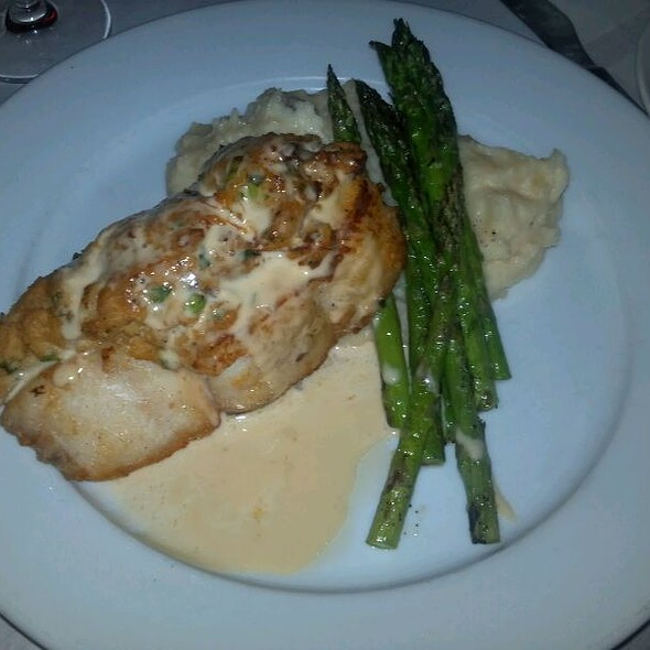 Blue Crab Crusted Grouper @ Big Fin Seafood Kitchen