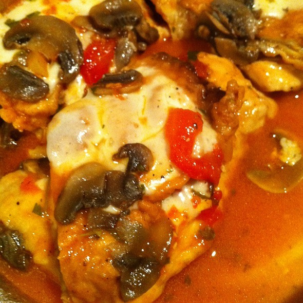 Chicken Sorrentino @ Laura's Pizzeria And Restaurant