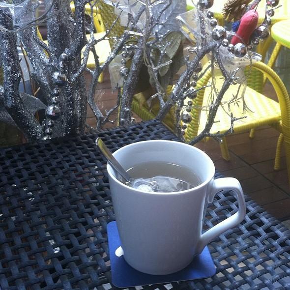 Honey Lavendar Tea @ vanilla bar & café