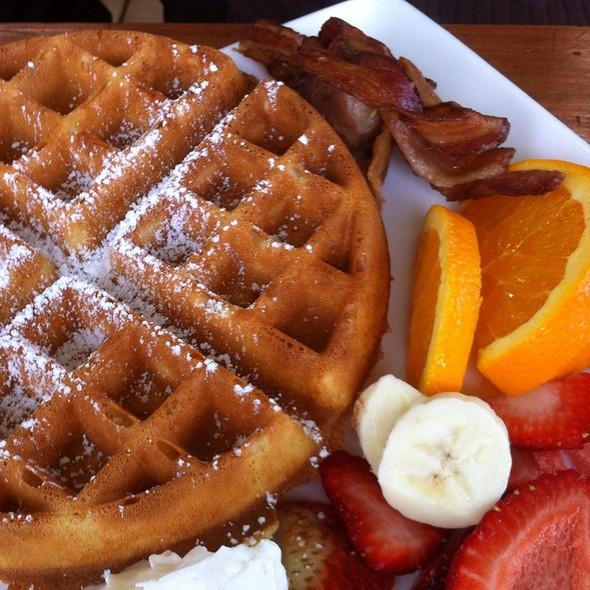 Belgian Waffles @ Highpoint Restaurant & Cafe
