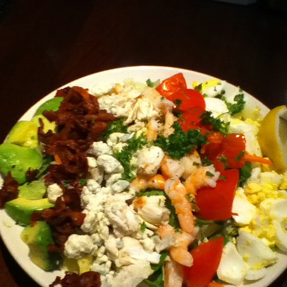 Cracked Pepper: Seafood Cobb Salad