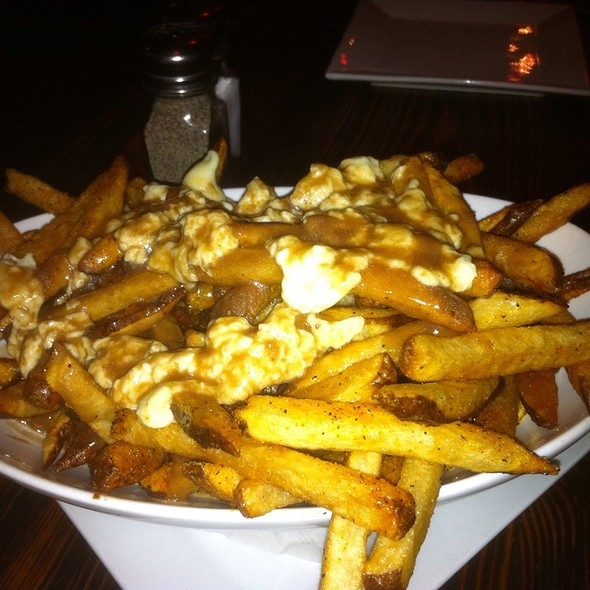 Poutine @ The Blind Pig