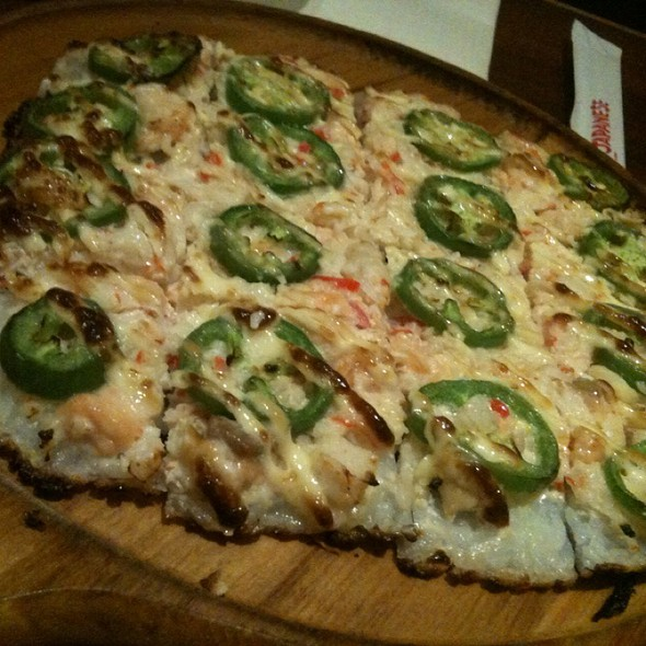 sushi pizza @ Shokudo Japanese Restaurant & Bar