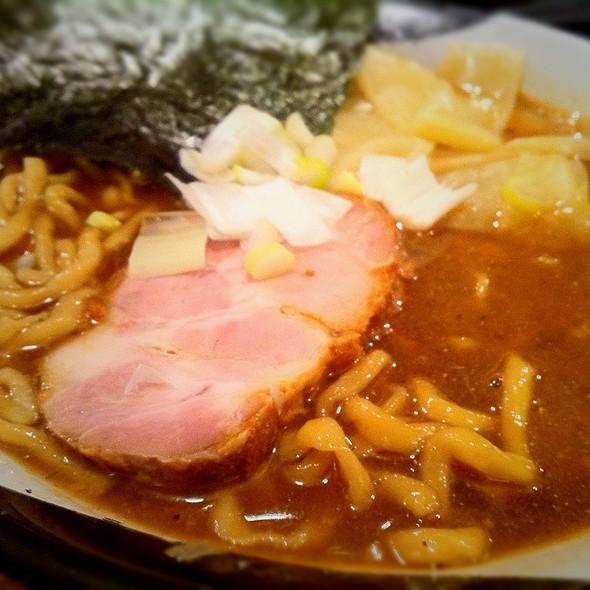 煮干しラーメン @ ラーメン凪 新宿ゴールデン街店