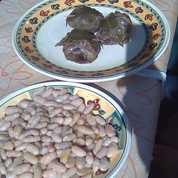 Fegatelli with white beans @ Monteriggioni