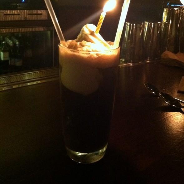 Hard Root Beer Float @ Zero Zero