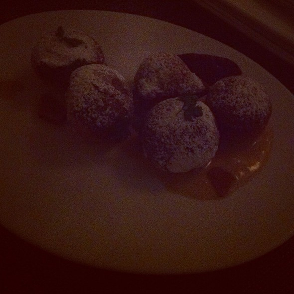 Beignets @ Pops for Champagne
