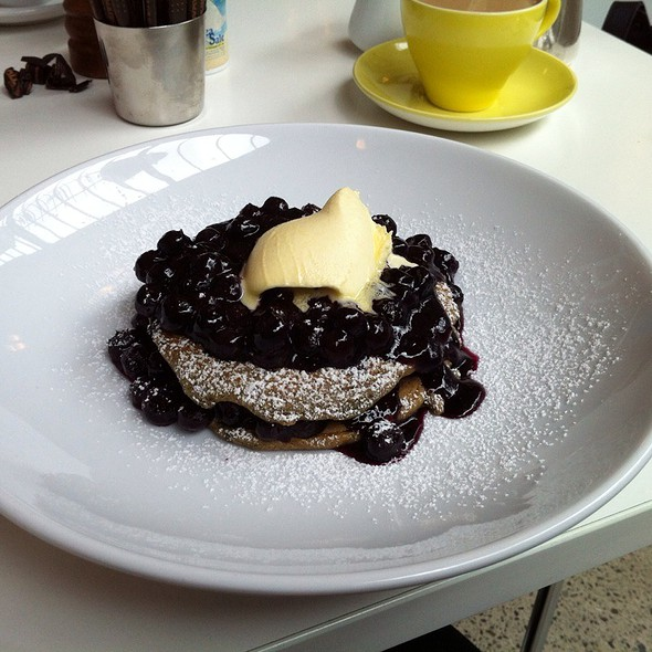 Julie Le Clerc's Oat And Blueberry Hotcakes @ Gala